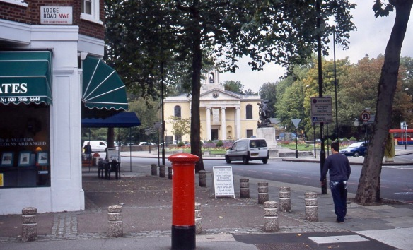 Lodge Road NW8 10.04