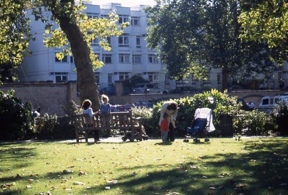 Rembrandt Gardens 10.04 1