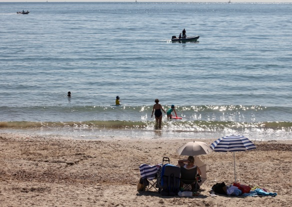 Beach scene 15