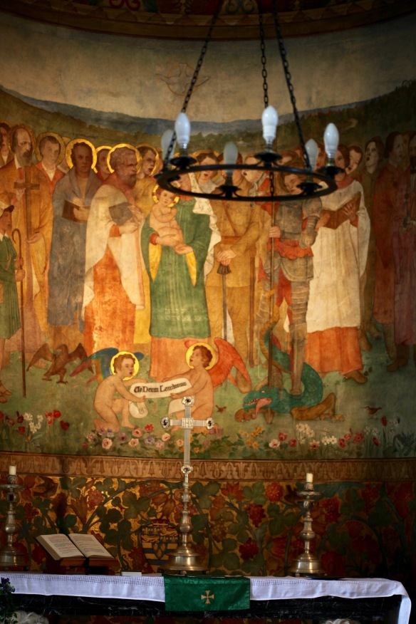 Altar and mural 1