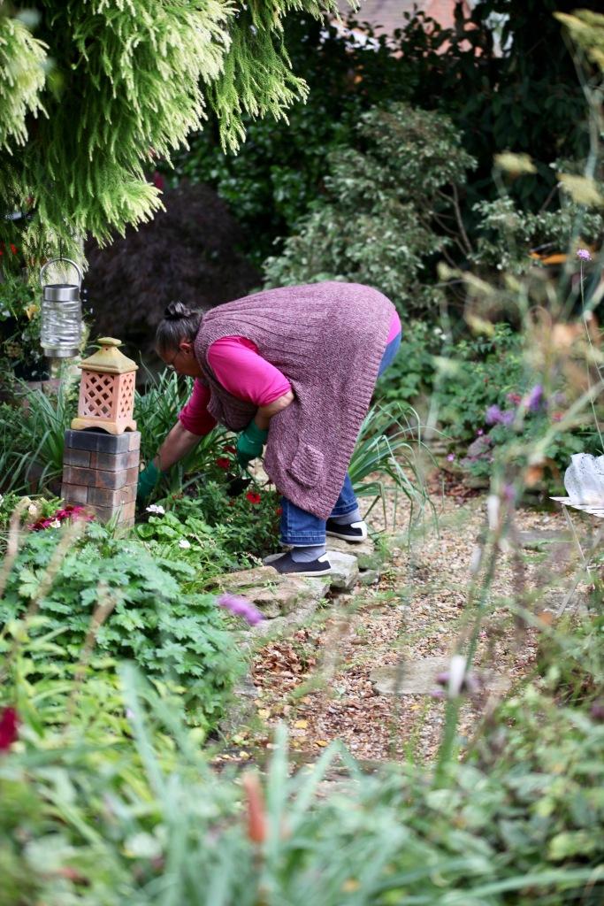 Jackie planting bulbs 1
