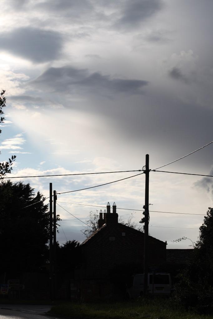 Skies over Hordle Lane
