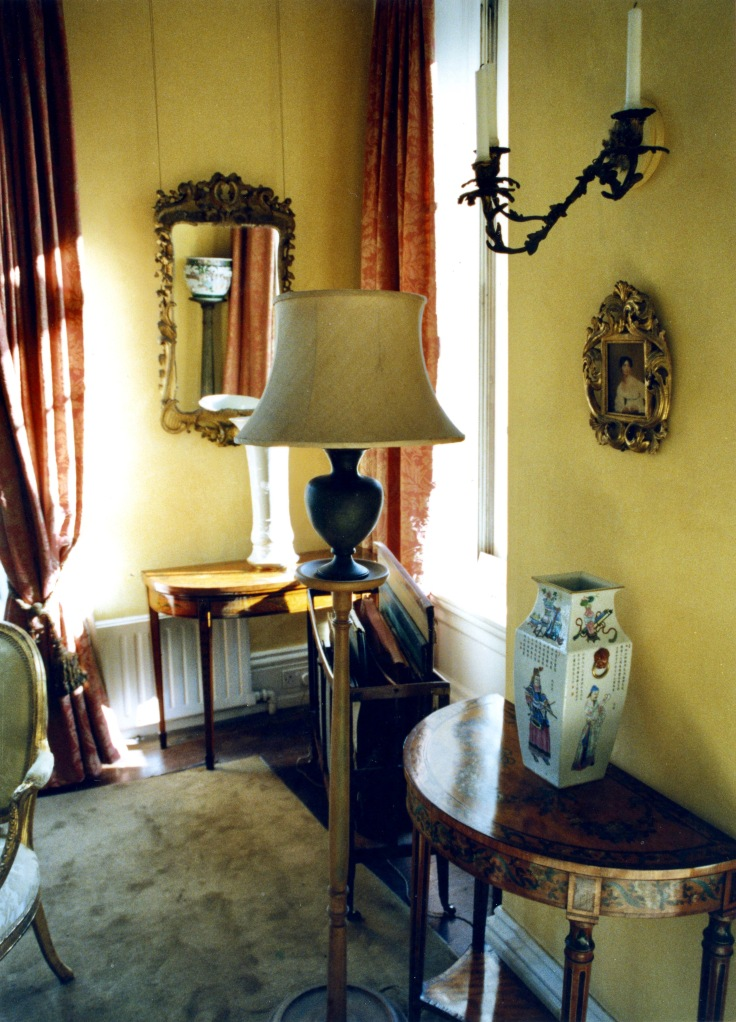 Drawing room detail