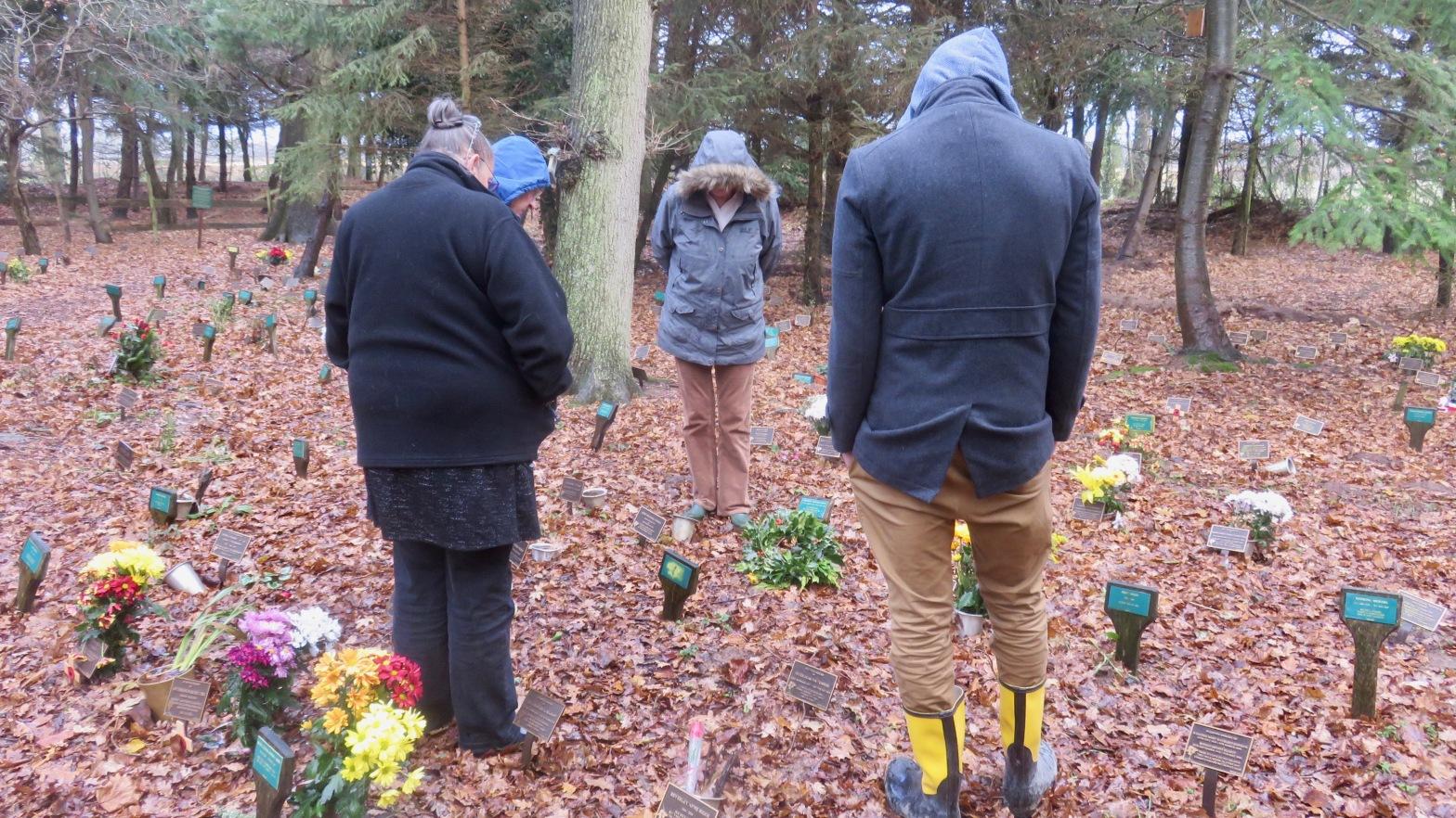 Jackie, Helen, Shelly, Anthony at Mum Rivett's plot