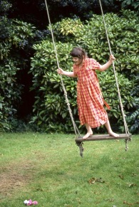Flo on swing 1