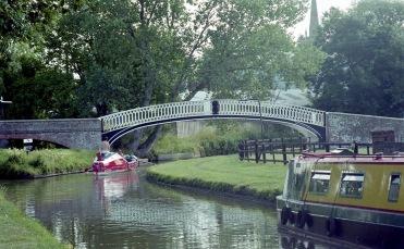 Sam going under Bridge at Braunston 7.03