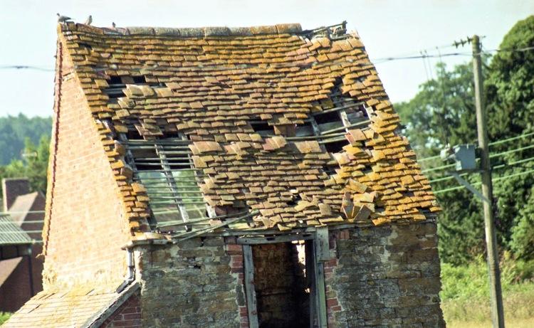 Derelict hut 7.03