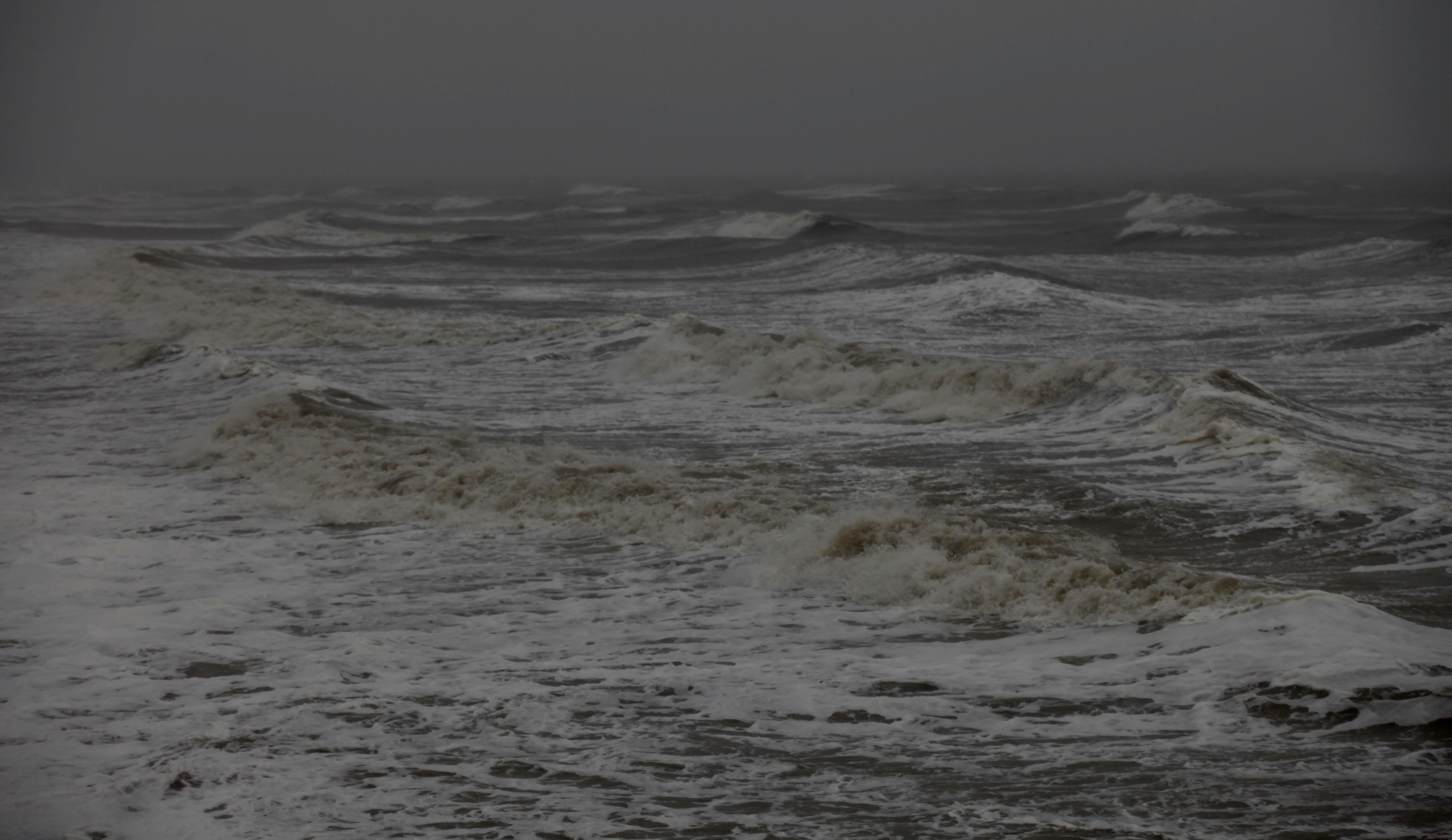 Waves 8