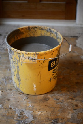 Bucket of screed