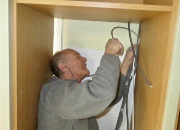 Richard fitting cables