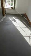 Screed - fresh
