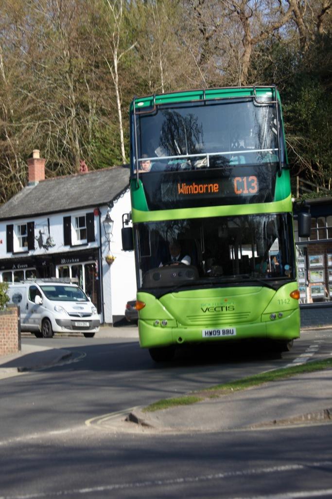 Bus C13