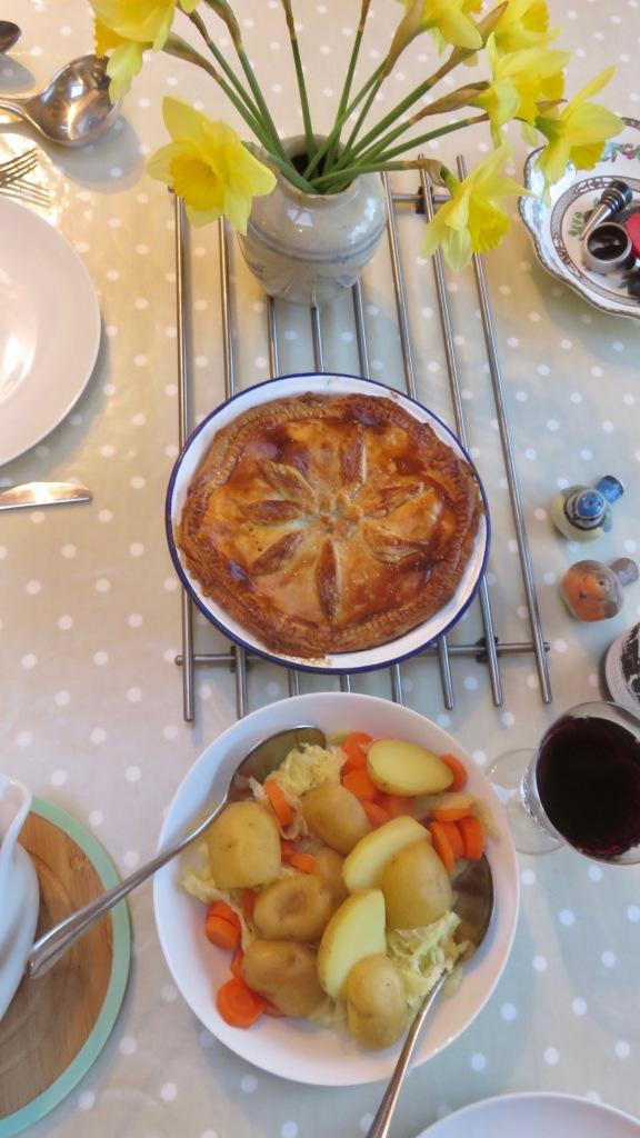 Beef, onion, and mushroom pie meal