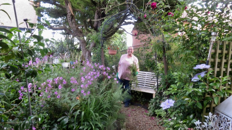 Jackie explaining 'Gardener's Law'