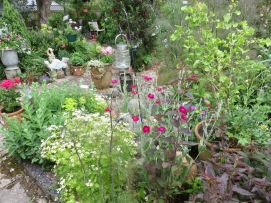 Garden view from Kitchen Bed to Ace Reclaim bench