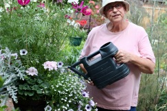 Jackie watering iron urn