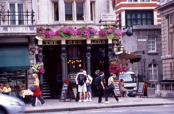 Parliament Street/Canon Row SW1 7.05