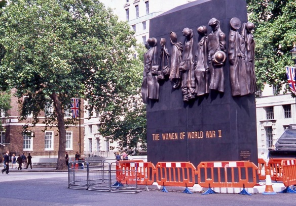 Whitehall SW1 7.05