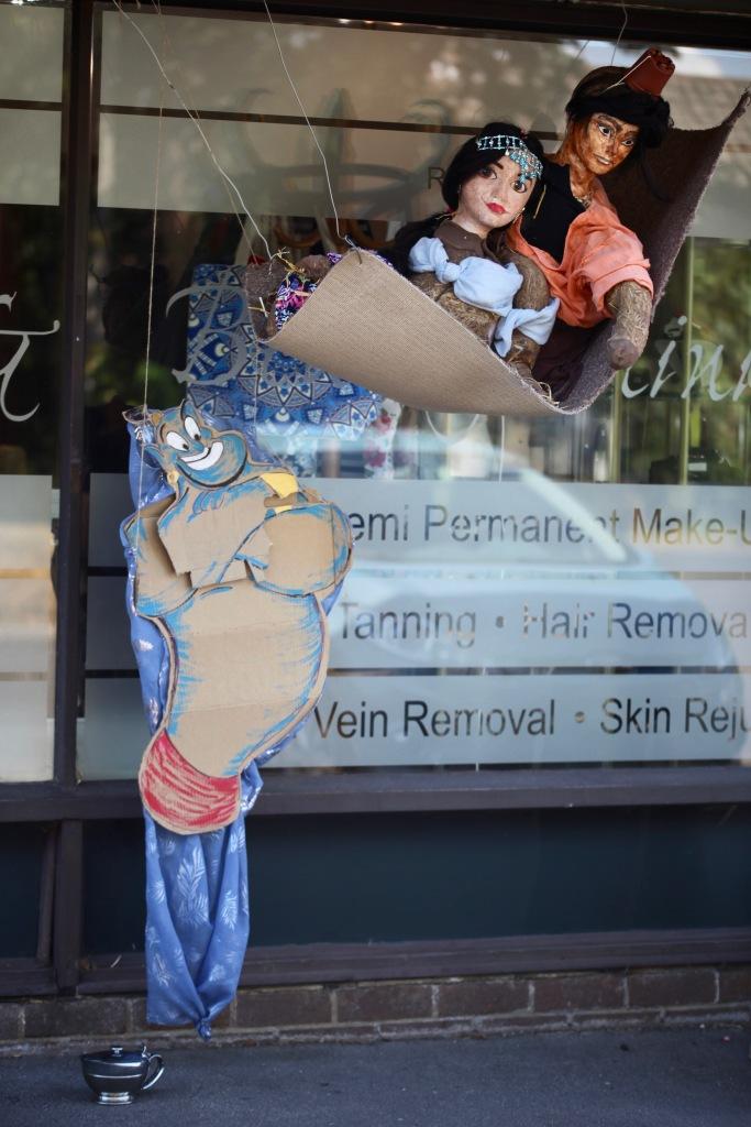 Scarecrows - Disney's Aladdin, Jasmine, lamp