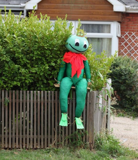 Scarecrow - Frog Prince