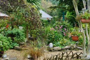Gardenscape with Palm Bed