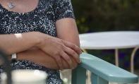 Jo's hands