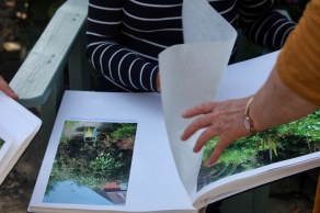Gardening Albums, Elizabeth's hand